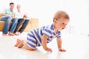 Как научить ребенка правильно ползать фото