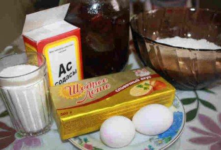 Фото ингридиенты для пирога с вареньем