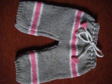 штанишки для малыша связанные спицами фото