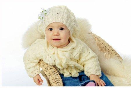 одежда связанная спицами для девочки фото