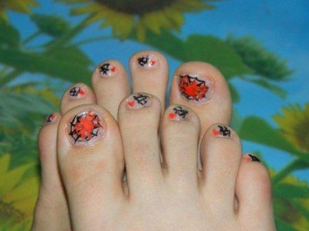 Педикюр рисунки на ногтях   фото