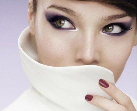 «Кошачие глаза» - макияж, который сделает вас обворожительной и сексуальной.