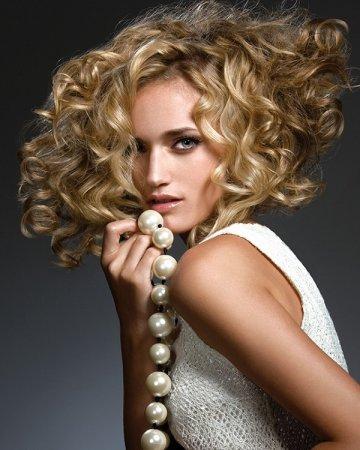 Долговременная укладка на средние волосы – фото
