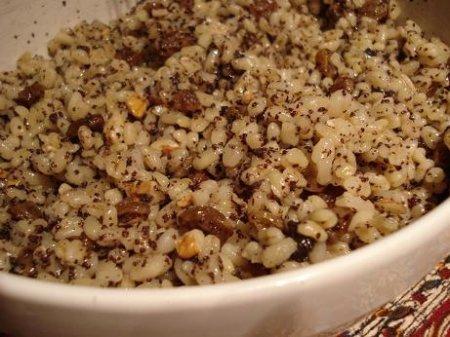 Как приготовить кутью из пшеницы? Классический рецепт традиционной рождественской кутьи.