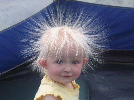 Почему сильно магнитятся волосы фото