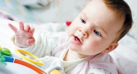 С какими рефлексами рождается ребенок фото